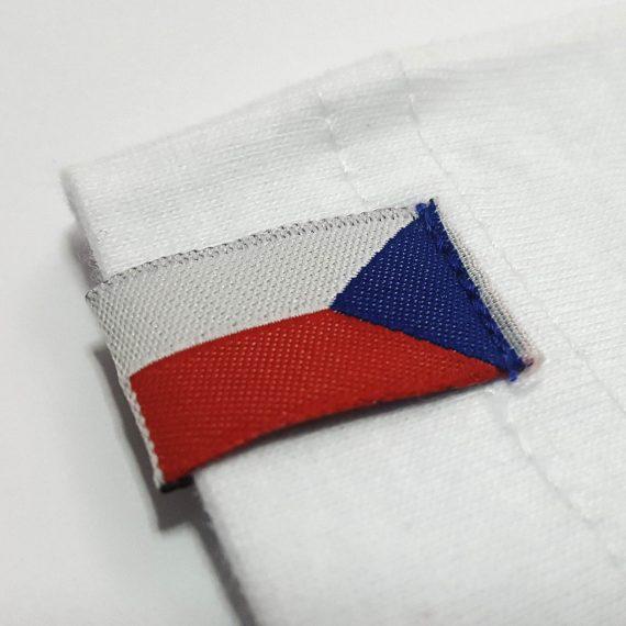 česká vlajka na tričku
